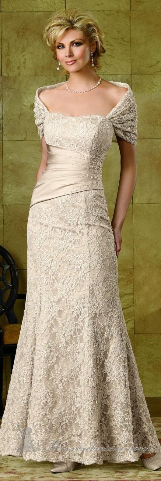 Imagenes vestidos de novia para mujeres maduras